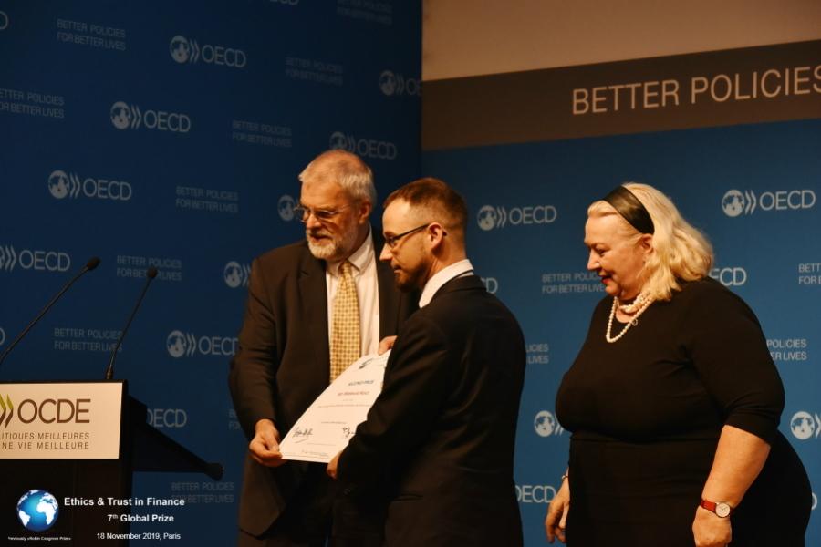 Award Ceremony101_Kucz